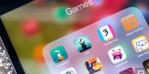 Taiwan Seeks to Regulate Mobile App Users and Online Gamers