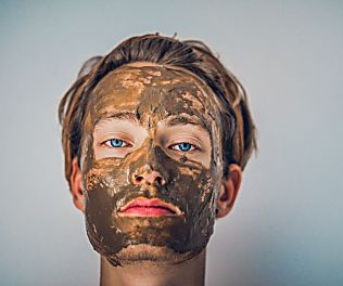 Five Ways to Prevent and Combat Adult Acne