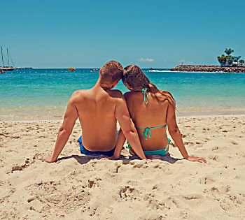 7 Tips For Surviving Your First Couple Vacation