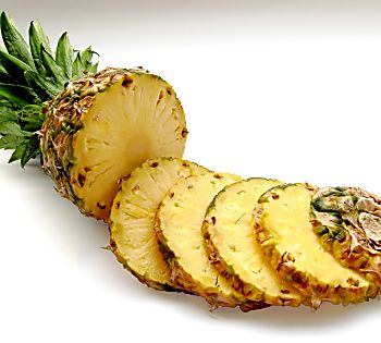 Why You Should Add Pineapple to Your Diet This Season