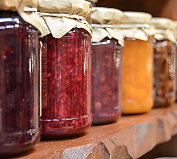 Must Have Pantry Staples For Your Pantry and Cupboards