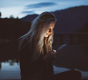 4 awesome reasons to try online dating