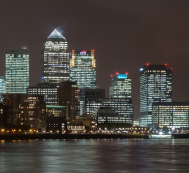 A Quick Guide to Dining Out in Canary Wharf, London