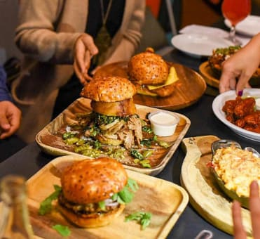 8 Things You May Find Annoying About Foodies