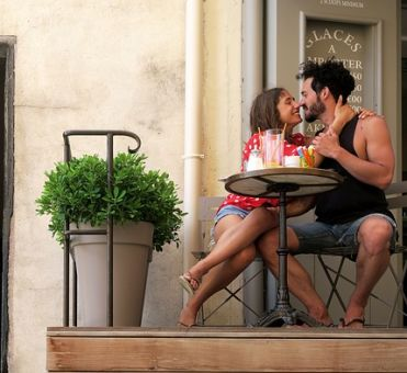 Top 5 Romantic Date Night Ideas for Married Couples