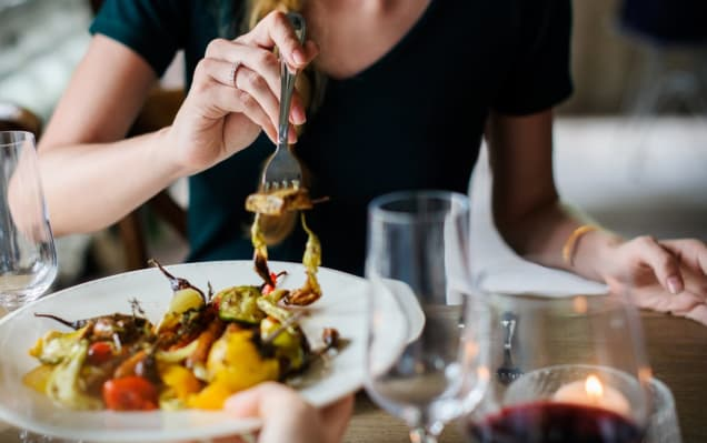 6 Best Dating Sites for Picky Eaters