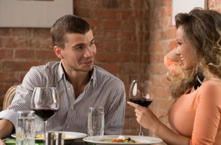 7 flirting techniques to get your crush in no time!