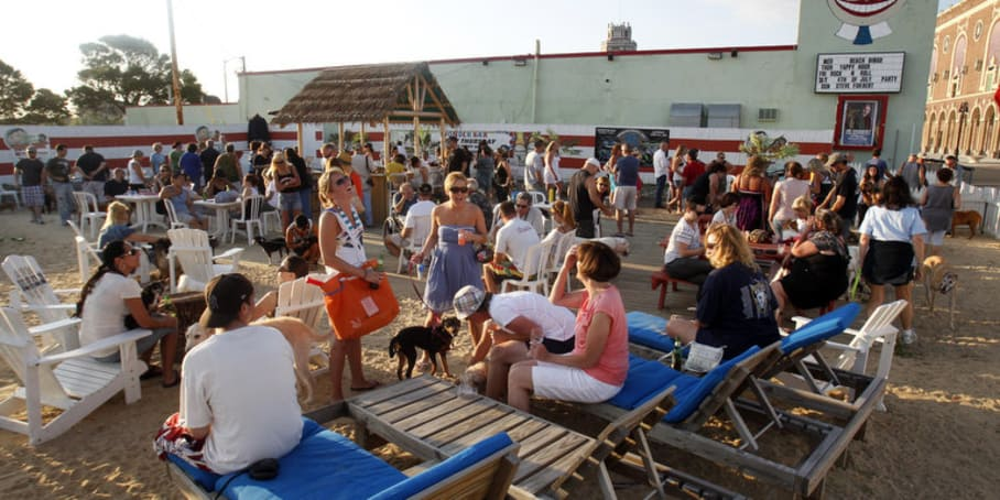 5 Perfect Date Spots in Asbury Park, New Jersey