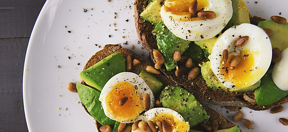 10 Healthy Food Blogs You Should Be Following