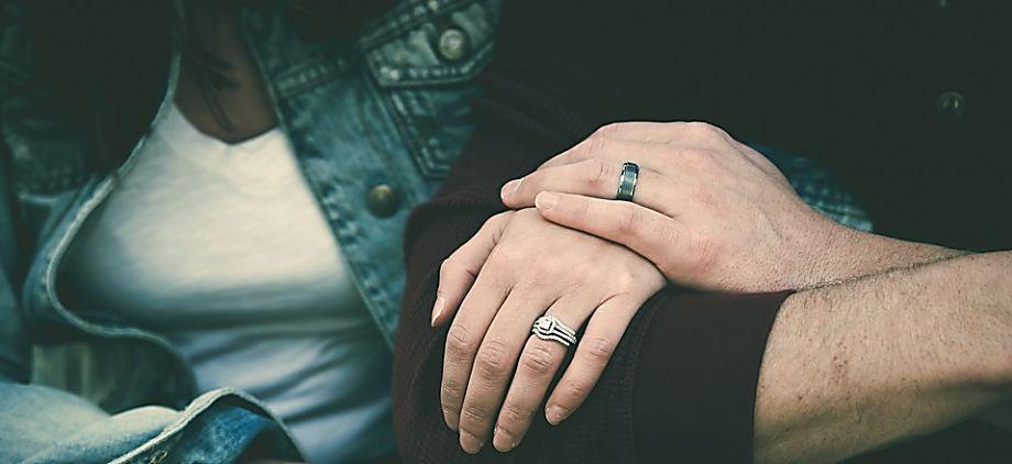 Should You Breakup With Your Boyfriend/Girlfriend Or Go On A Break?