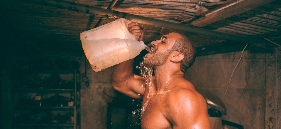 Prisoner Workout: 9 Bodyweight Workouts