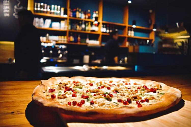380 Grad Pizza Bar