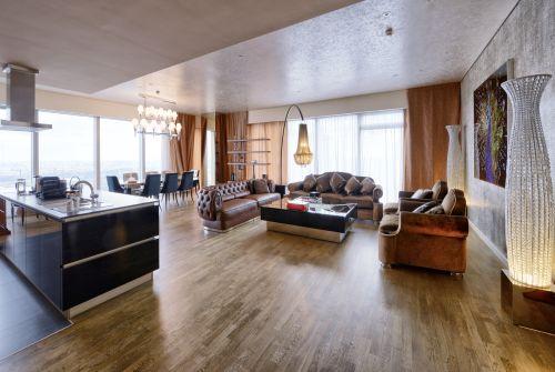 Wood look laminate flooring in Williston, VT from Main Street Floor Covering