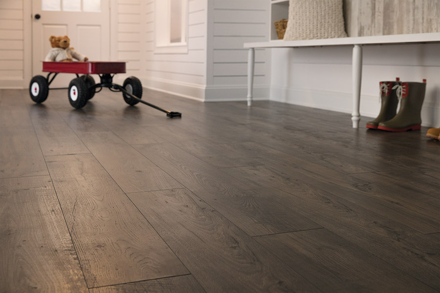 Laminate floors in Garden City SC from Flooring Plus