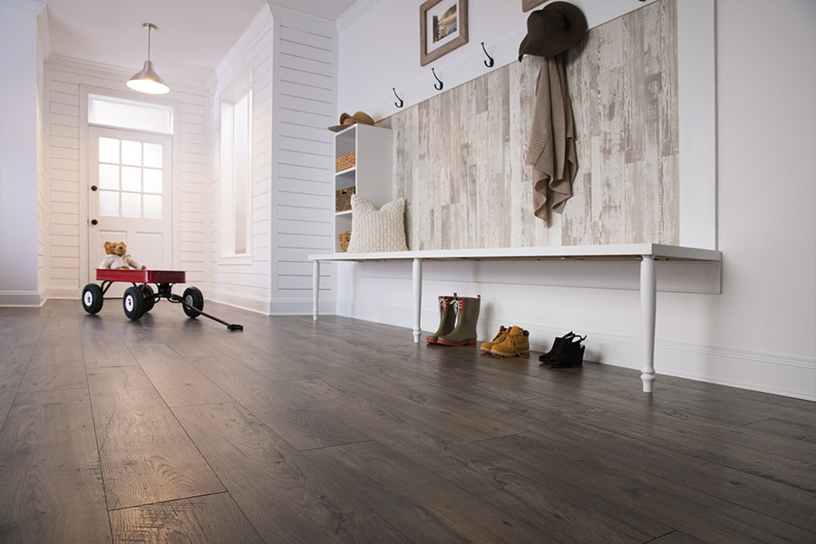 Family friendly laminate floors in Metamora, IL from Vonderheide Floor Covering