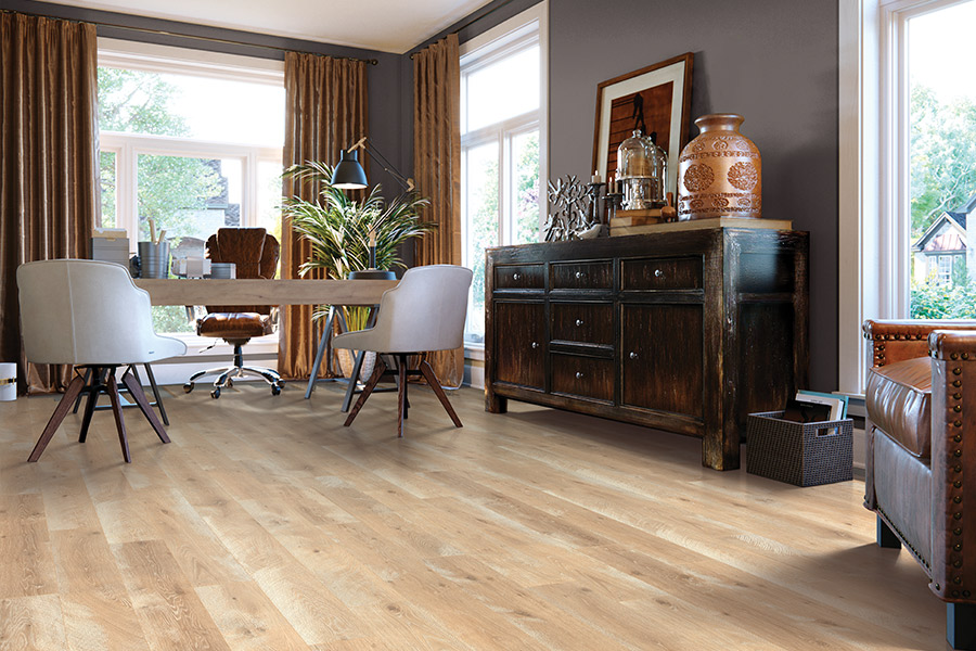 Laminate floor accents in Pomona, CA from Carpet Station