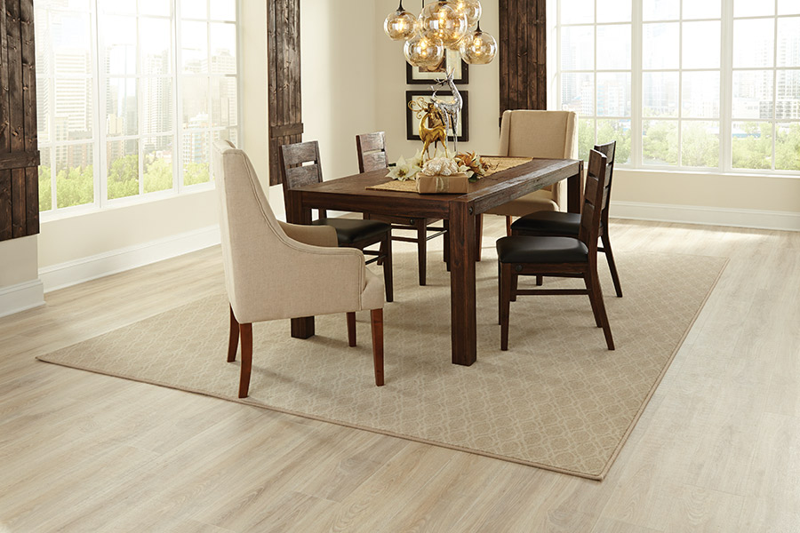 Family friendly laminate floors in Eastvale, CA from Carpet Station