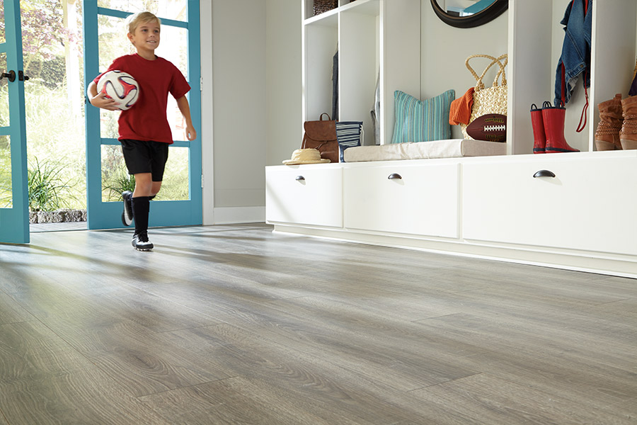 Family friendly laminate floors in Palm Springs CA from Carpet Empire Plus