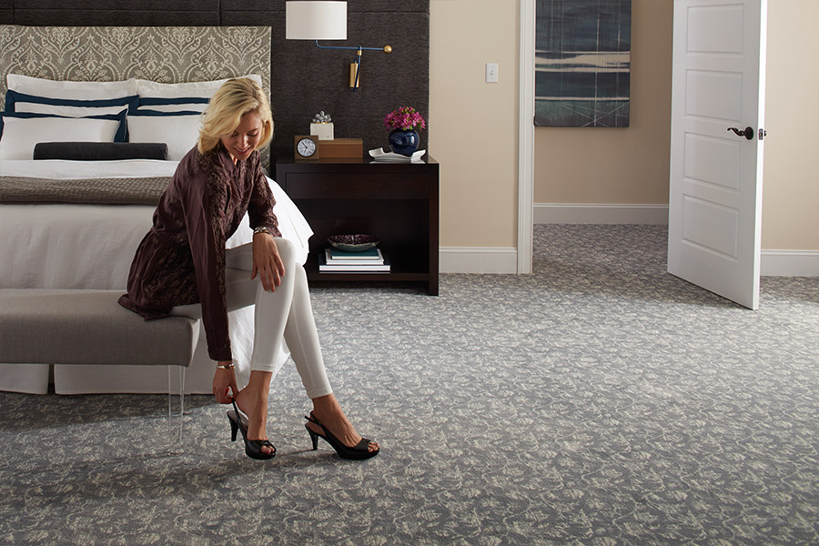 Beautiful textured carpet in Schaumburg IL from Luna Flooring Gallery