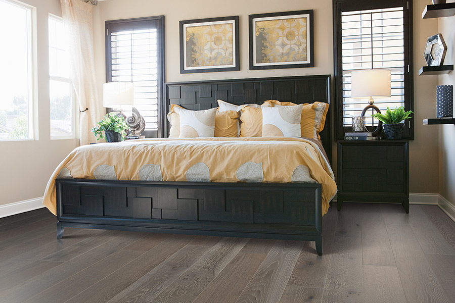 Hardwood flooring in Perry, GA from H&H Carpets