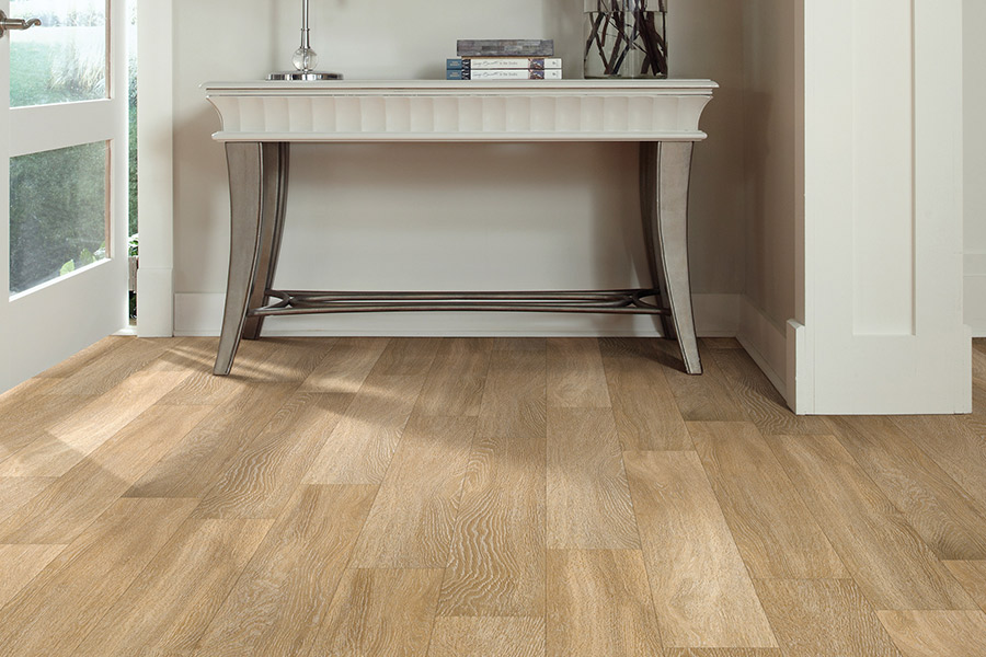 Wood look luxury vinyl plank flooring in Defiance, MO from Hometown Floors Online