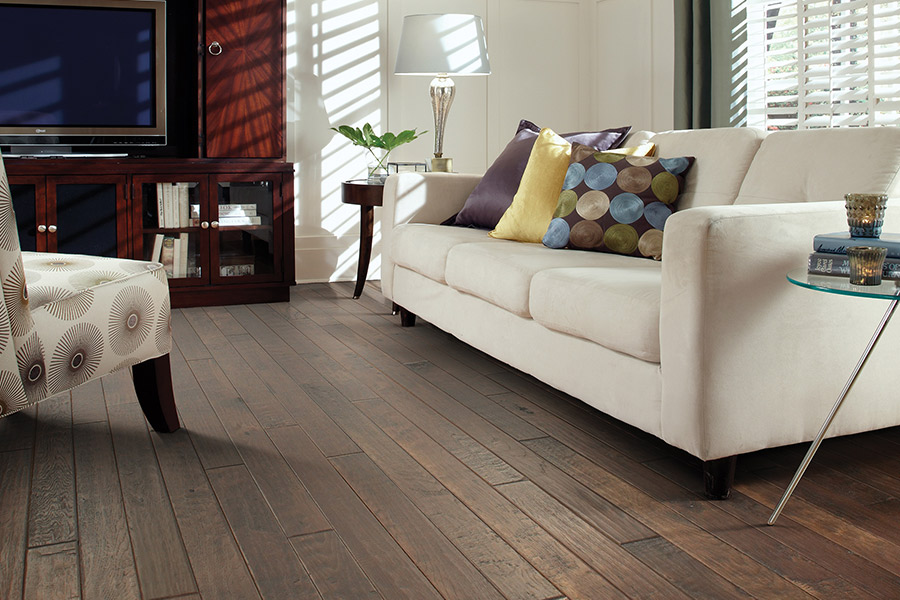The Madison & Clarksville area's best hardwood flooring store is H&T Carpets, Inc