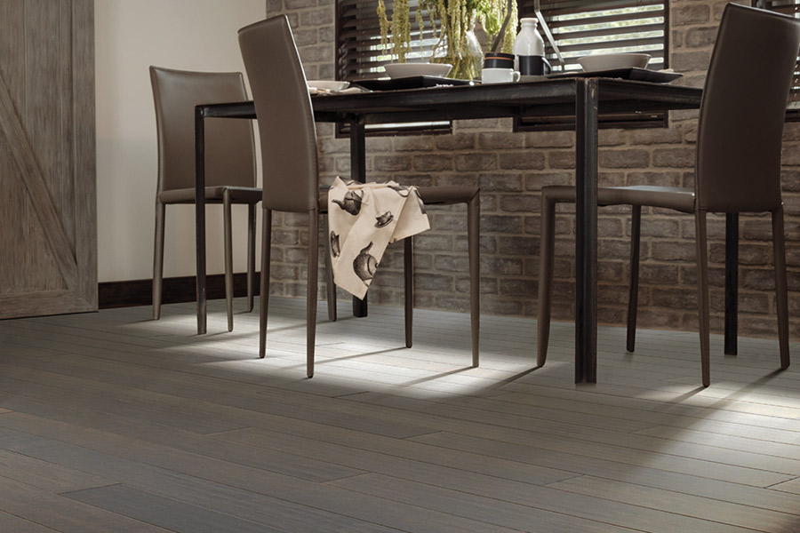 Contemporary wood flooring in Castle Rock, CO from Hardwood Flooring Specialist
