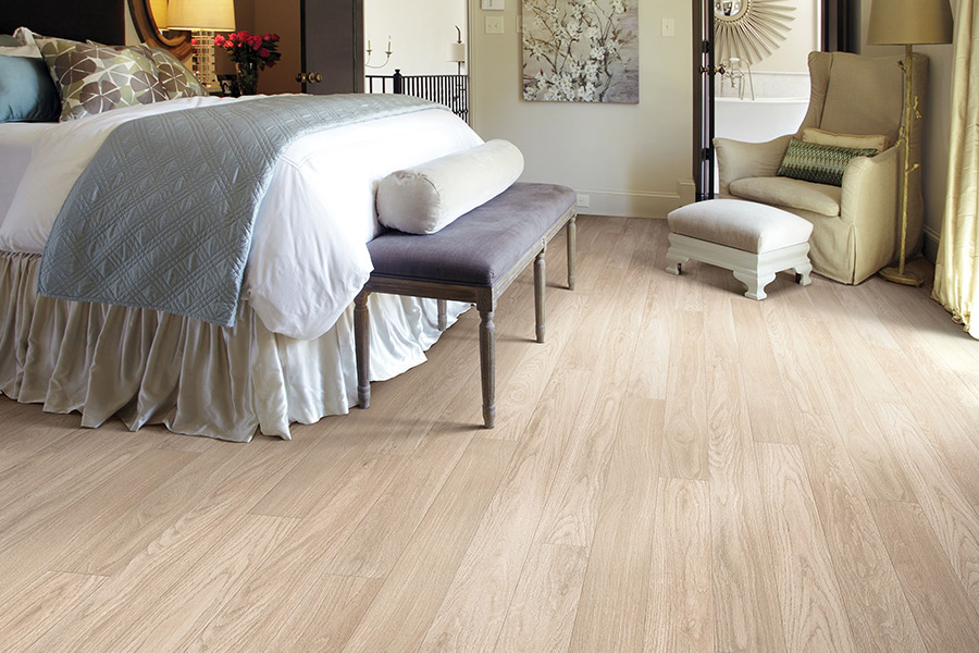Laminate floors in Ormond Beach, FL from Discount Quality Flooring