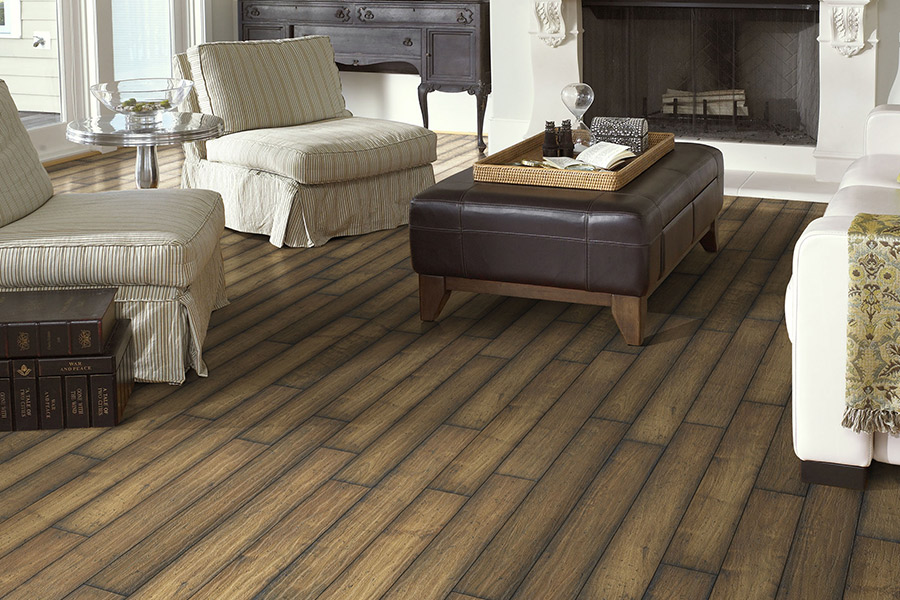 Laminate floor accents in Boston, MA from Watertown Floor Covering, LLC