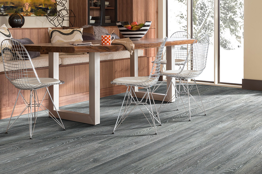 Laminate floor accents in Daytona Beach, FL from Discount Quality Flooring