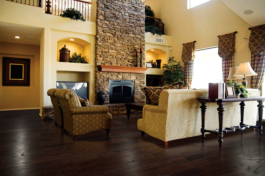 Wall to wall hardwood flooring in Atlanta area by Select Floors
