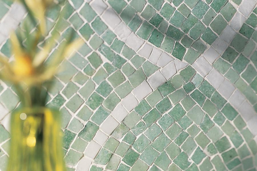 The Aventura, FL area's best laminate flooring store is Extreme Surfaces Design Center