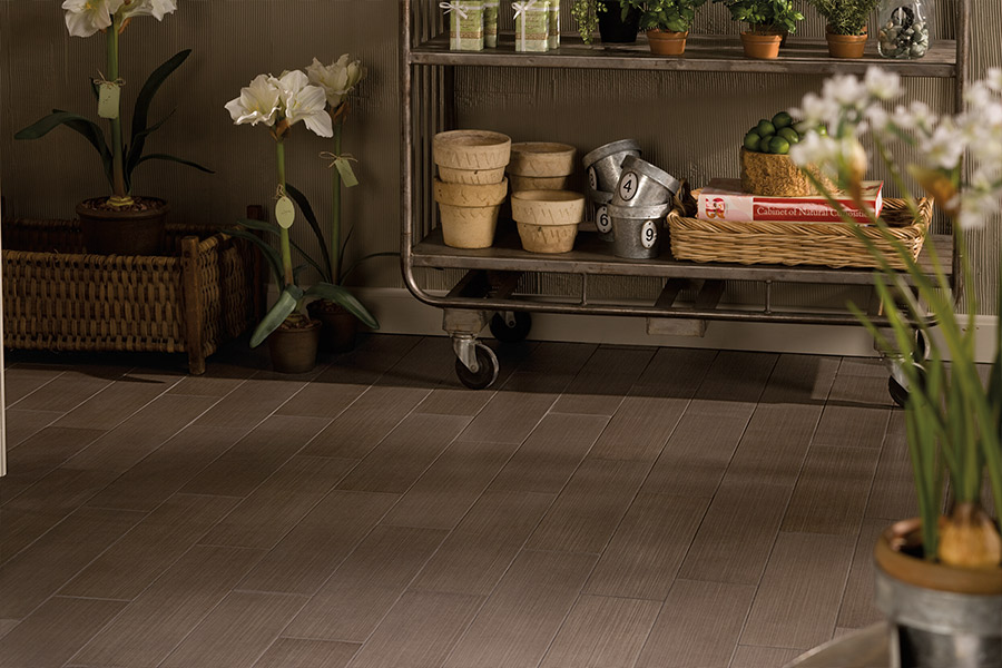 Affordable vinyl flooring in Iowa from Hiller Stores