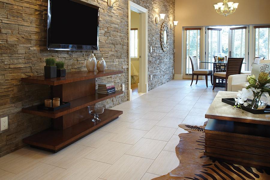 The Voorhees, NJ area's best tile flooring store is Grande Floor Covering