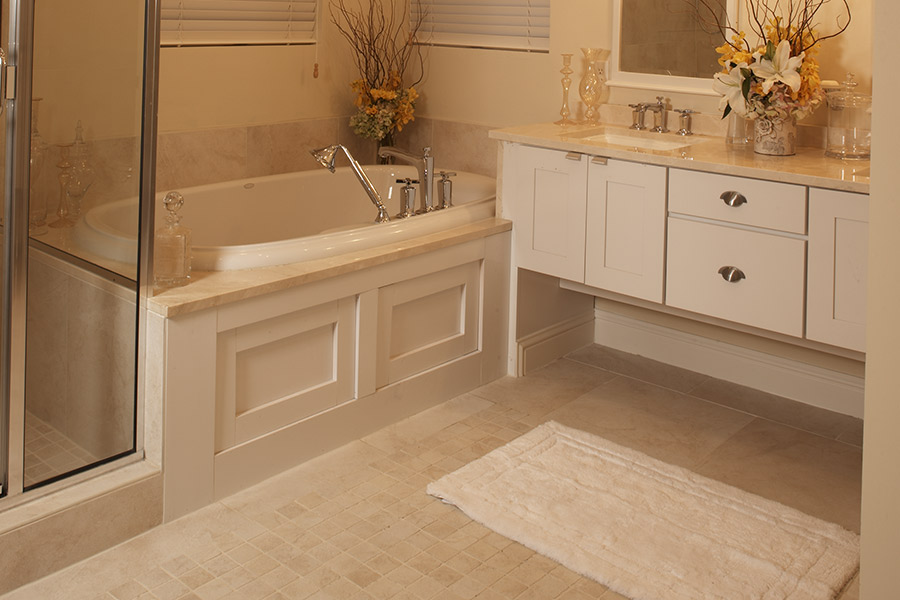 Custom tile bathrooms in St. Charles County, MO from Hometown Floors Online