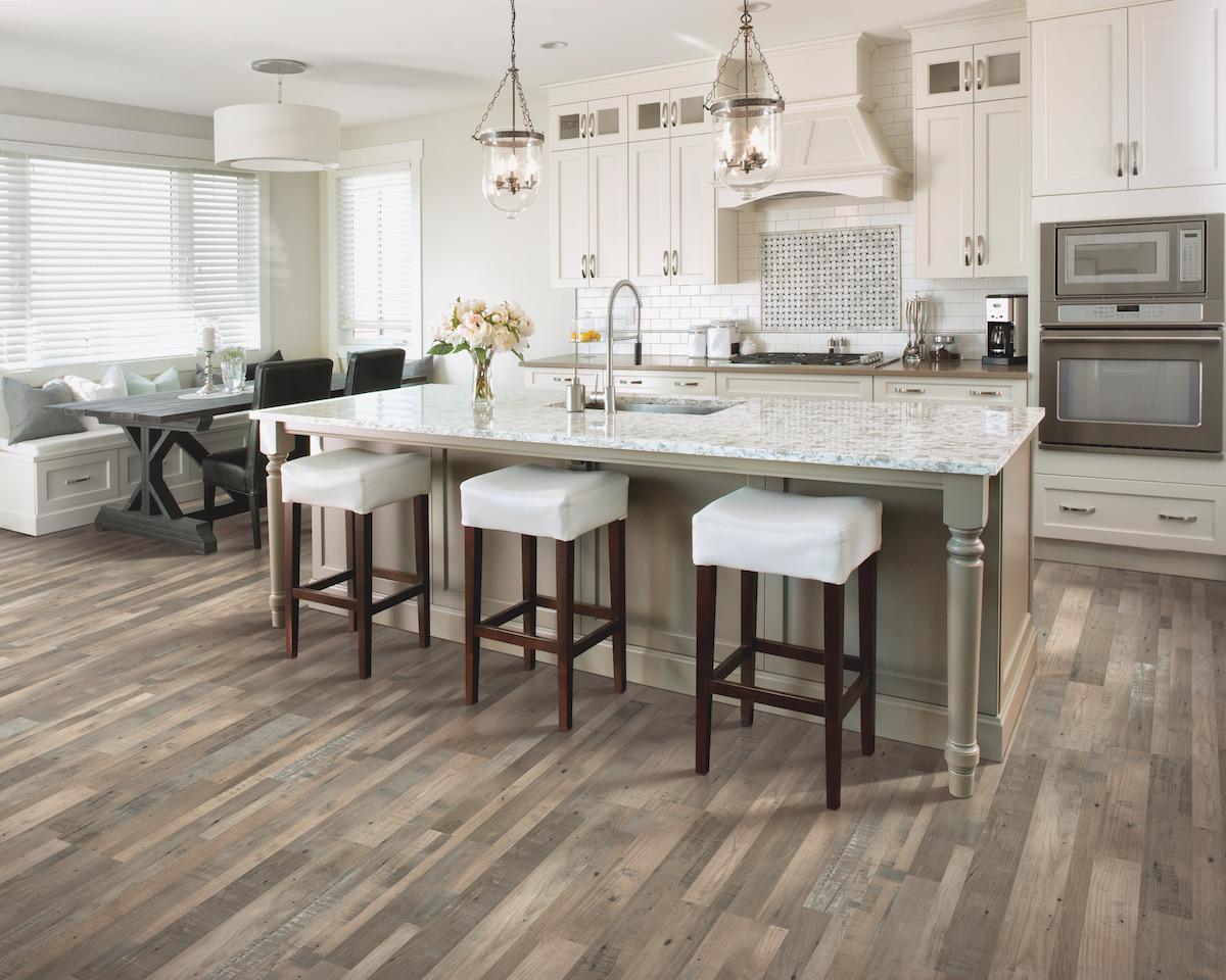Flooring in the kitchen
