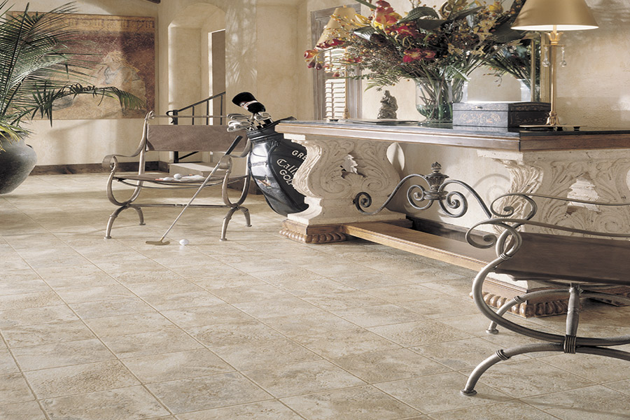 The Springfield, IL area's best vinyl flooring store is Calhoun Floorz
