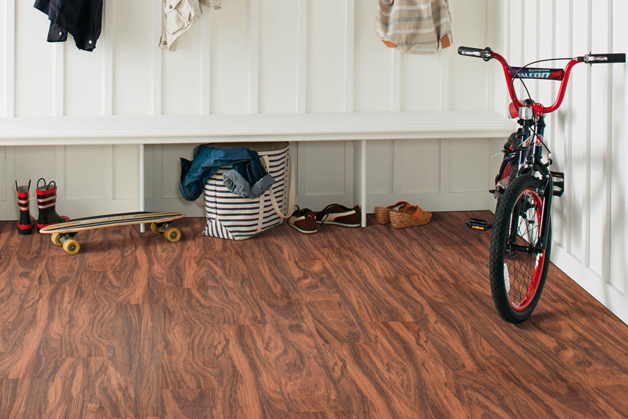 Wood look laminate floors in Mankato MN from Independent Paint & Flooring