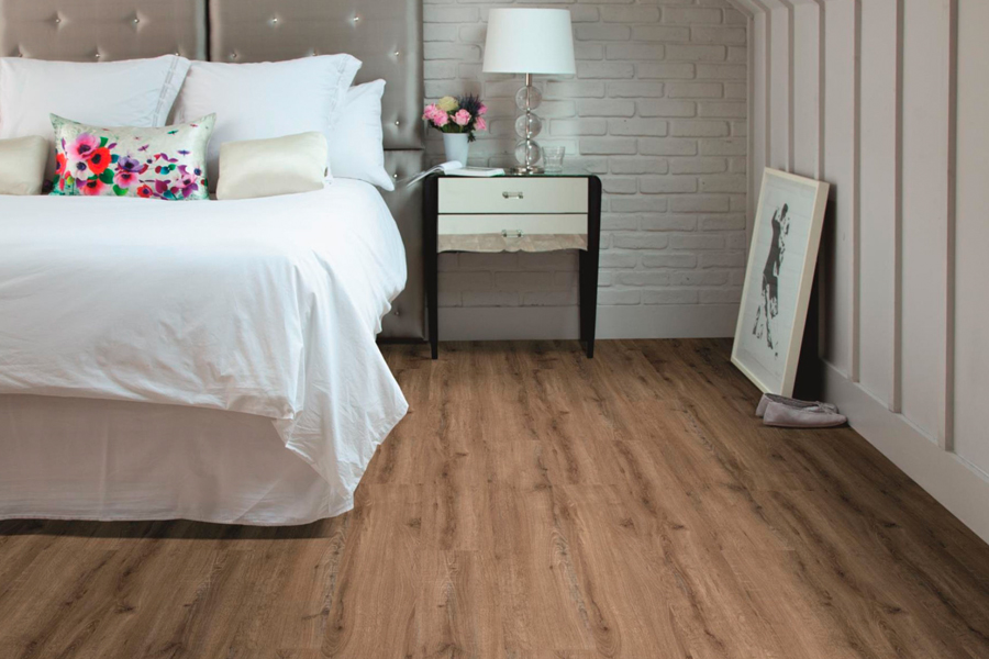 Laminate floor planks in Castro Valley, CA from Conklin Bros. Floor Coverings