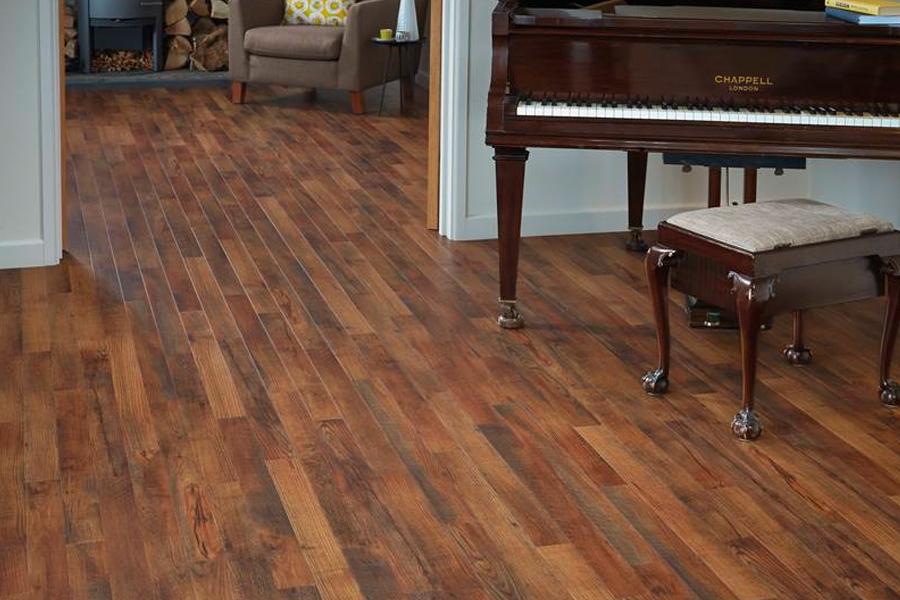 Wood look luxury vinyl plank flooring in Doniphan, NE from B & B Carpet Service