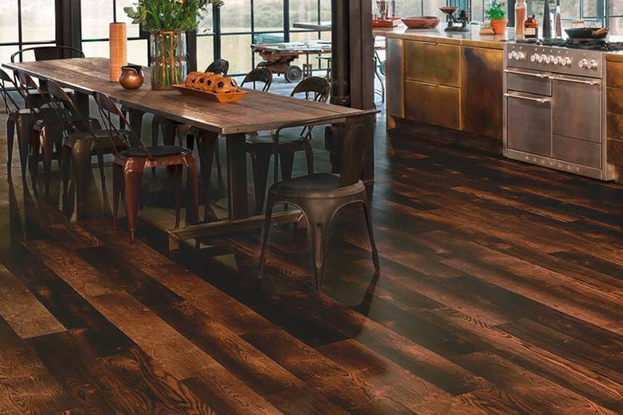 Wood look luxury vinyl plank flooring in Refugio, TX from Wilton's Flooring