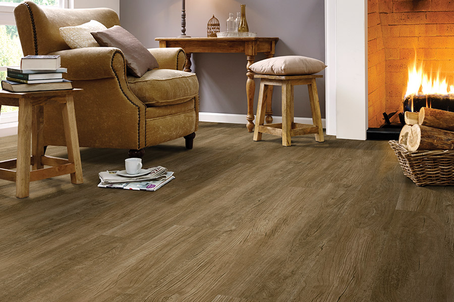 Wood look luxury vinyl plank flooring in Levelland, TX from Yates Flooring Center