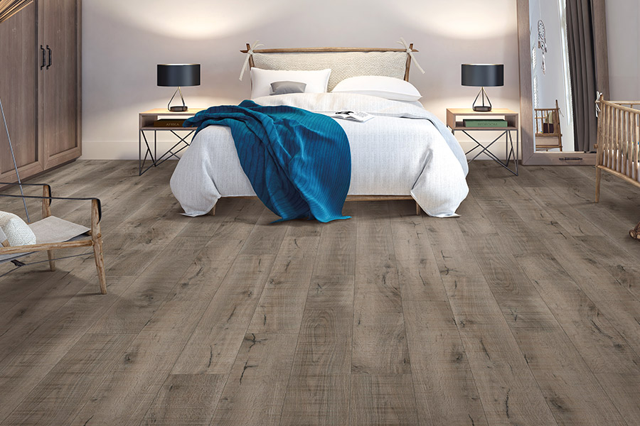 Wood look luxury vinyl plank flooring in Monroe, MI from Finishers Unlimited