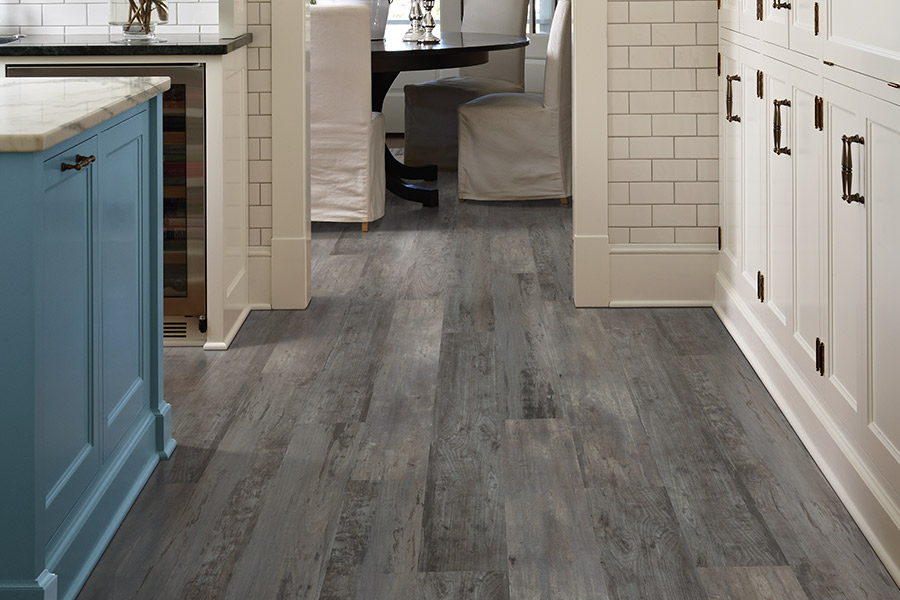 Waterproof luxury vinyl floors in Charlotte, NC from STS Floors