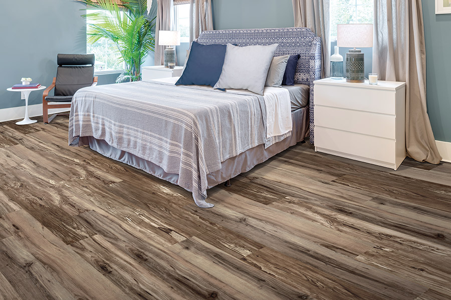 Wood look luxury vinyl sheet flooring in Austin, TX from Posh Floors