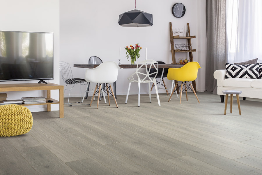 Family friendly laminate floors in Vista, CA from America's Finest Carpet
