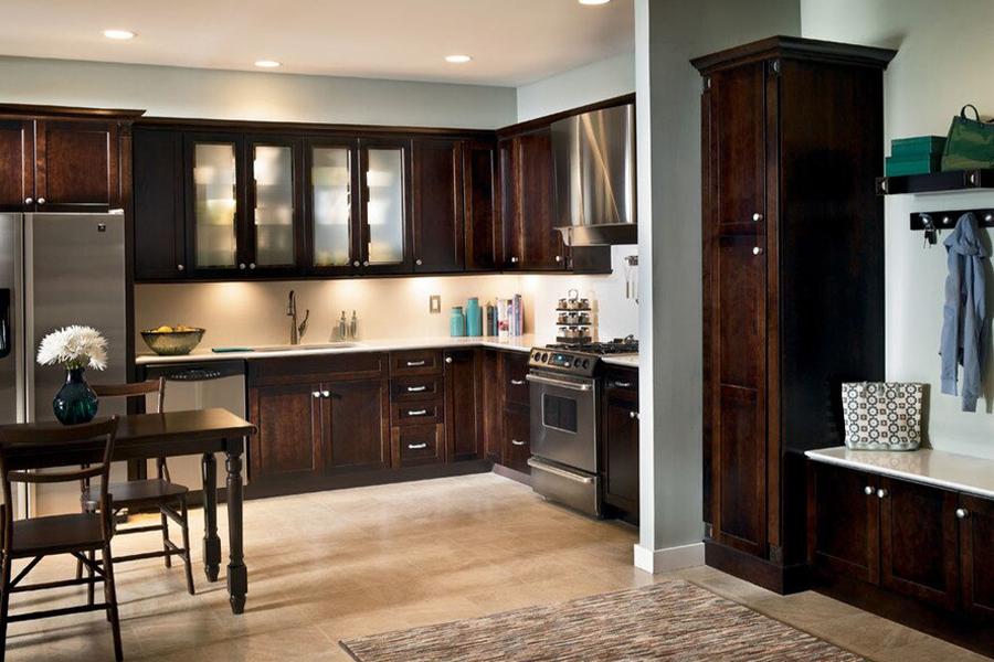 Hardwood in Bell Gardens, CA from Victor Rios Flooring LLC