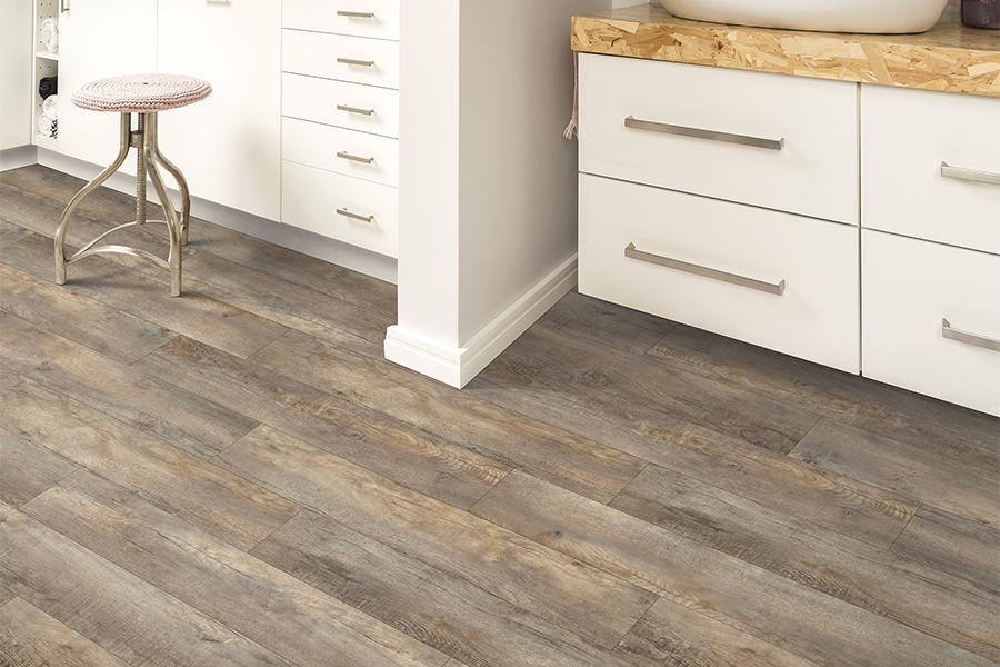 The Jupiter, FL area's best laminate flooring store is Floors For You Kitchen & Bath
