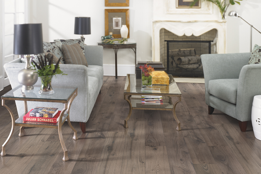 Laminate floors in Schertz, TX from Floor Country