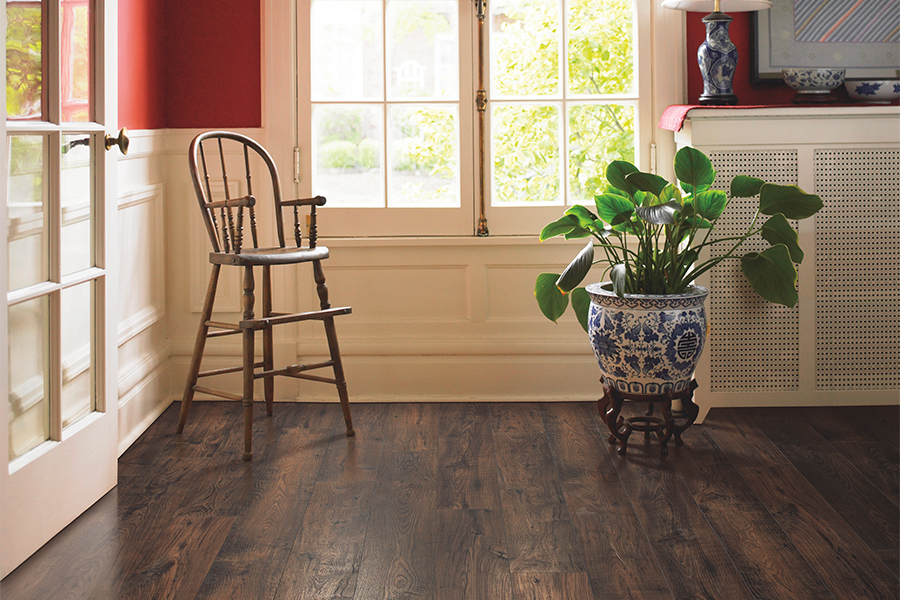 Laminate floors in Newport Beach, CA from 55 Flooring